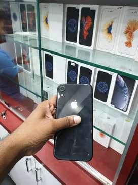 3 month old iPhone XR black 64gb.price fix fix fix.