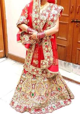 Heavy bridal lahenga only one time used