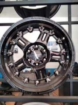 Velg SUV ring 18x9.0 h6x139.7 et20 bisa untuk Pajero Everest MU-X