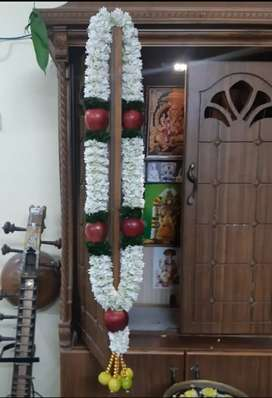 Udhyam Flowers for malai @Poomarket,1C bus stop, CBE.