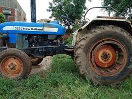 """Tractor """"New Holland 3230"""" for Sale"""