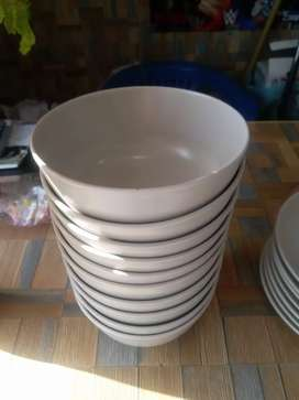 Dinner Set made in Romania imported