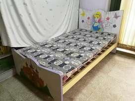 Kid's Bed for girls