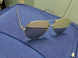 Gold toned beach reflective sunglasses