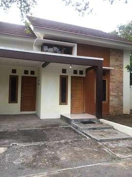 JUAL CEPAT! Rumah Siap Renovasi Sisa Tanah Luas! TANPA PERANTARA