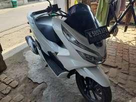 Honda PCX Putih 2018 ABS