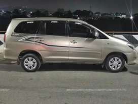 Toyota Innova 2.5 GX BS IV 7 STR, 2011, Diesel