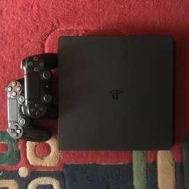 PS 4 slim 500GB kondisi mulus