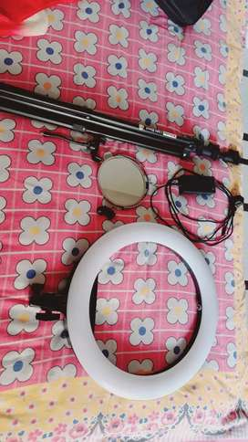 Ring light bilkul new condition stand length 12 feet big size ring