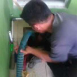 Jasa Sedot WC, Instalasi Listrik dan Servis AC
