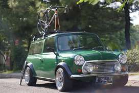 Mini morris van classic  (rare) manual.