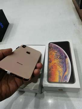 => I want to sell iPhone phone model 5s selling x with bill box