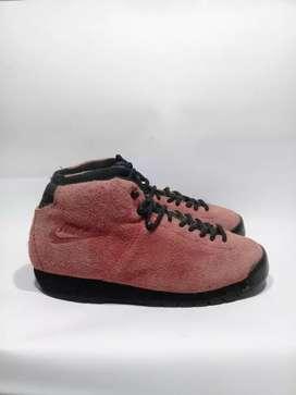 Sepatu Nike Air Magma ND