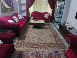 7 SEATER SOFA SET WITH BIG CENTER & 02- SIDE TABLES, 10/10 CONDITION