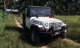 Rubicon modified white jeep