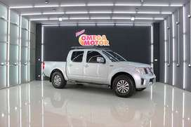 NISSAN NAVARA SPORT VERSION 2014 MT ANTIK KM 30RB