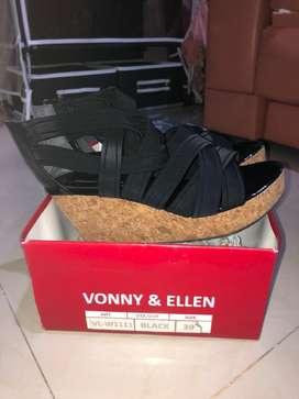 Vonny & Ellen Size 39