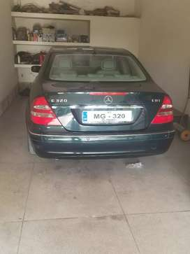 Mercedes Benz good condition 56000 Kim register in islamabad