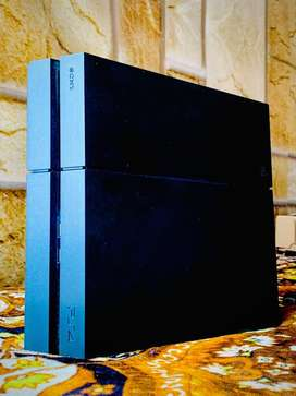Sony Play station 4 1tb with 6games