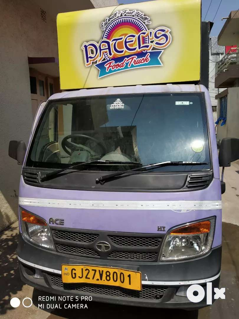 Food truck for sale/(rent only for nadiad) 0