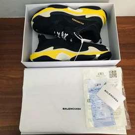 Sepatu balenciaga Triple S yellow