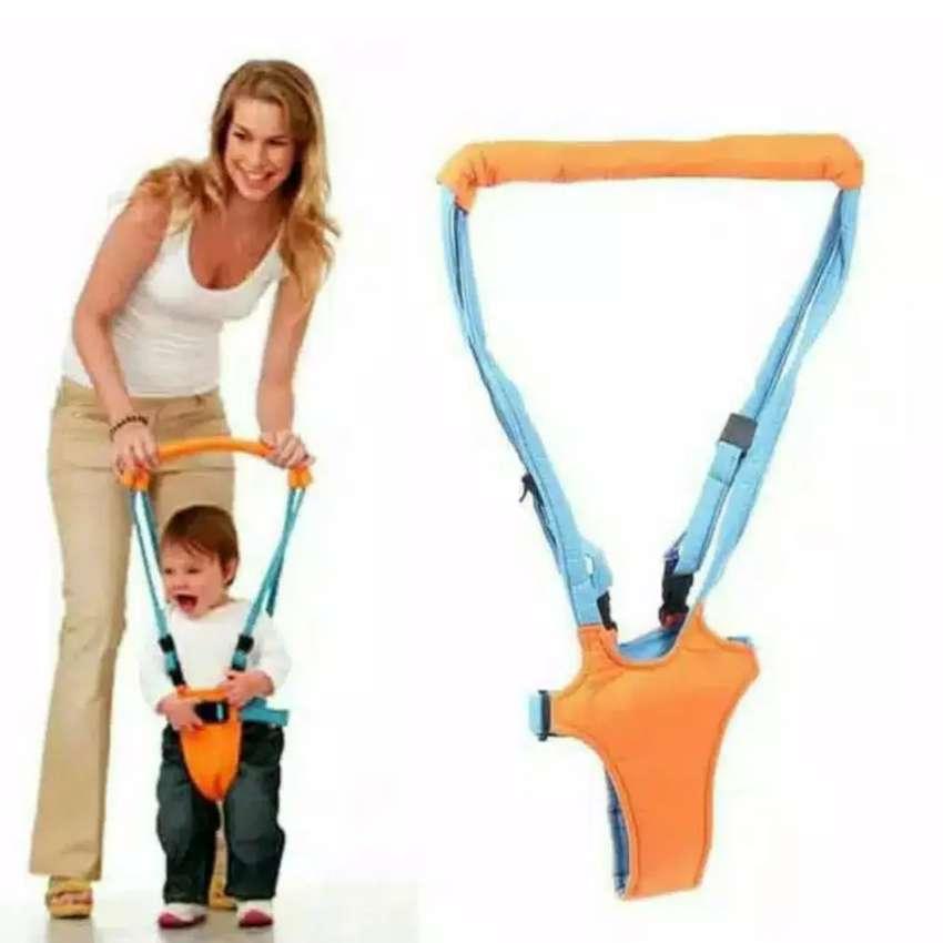 Alat bantu bayi berjalan belajar Moby Baby Moon Walk iw1 0