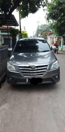 Toyota Kijang Innova tahun 2014
