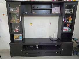 Showcase come TV stand