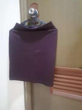 Mini Skirt Maroon Scuba - Preloved Like New