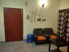3 bhk fully furnished flat available at park street