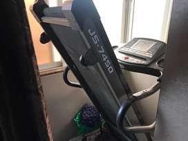 Treadmill 2.5 hp