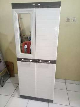 lemari plastik akako