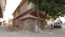 217 sq yd House is available for sale in Model Colony Karachi