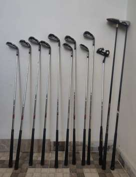 Tylormade golf set in good condition