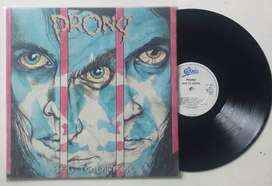 Prong vinyl/piringan hitam