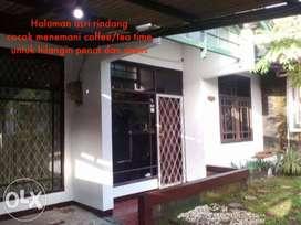 Dikontrakan Rumah Asri Strategis Bandung Buah Batu Ciwastra Margahayu