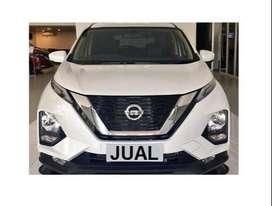 Nissan Livina automatic gressss mulusss km rendah like new