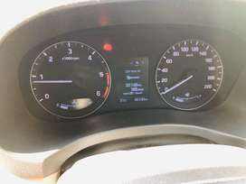 Hyundai creta (SX) (OPTIONAL)
