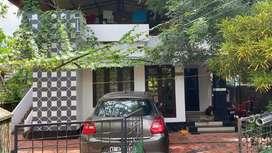 6 cent old house Aluva  prumbavoor ksrtc bus route maramppilly jn