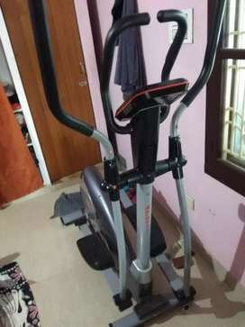Aerofit cross trainer