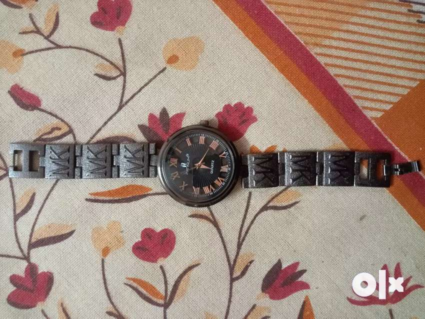 Premium watch 0