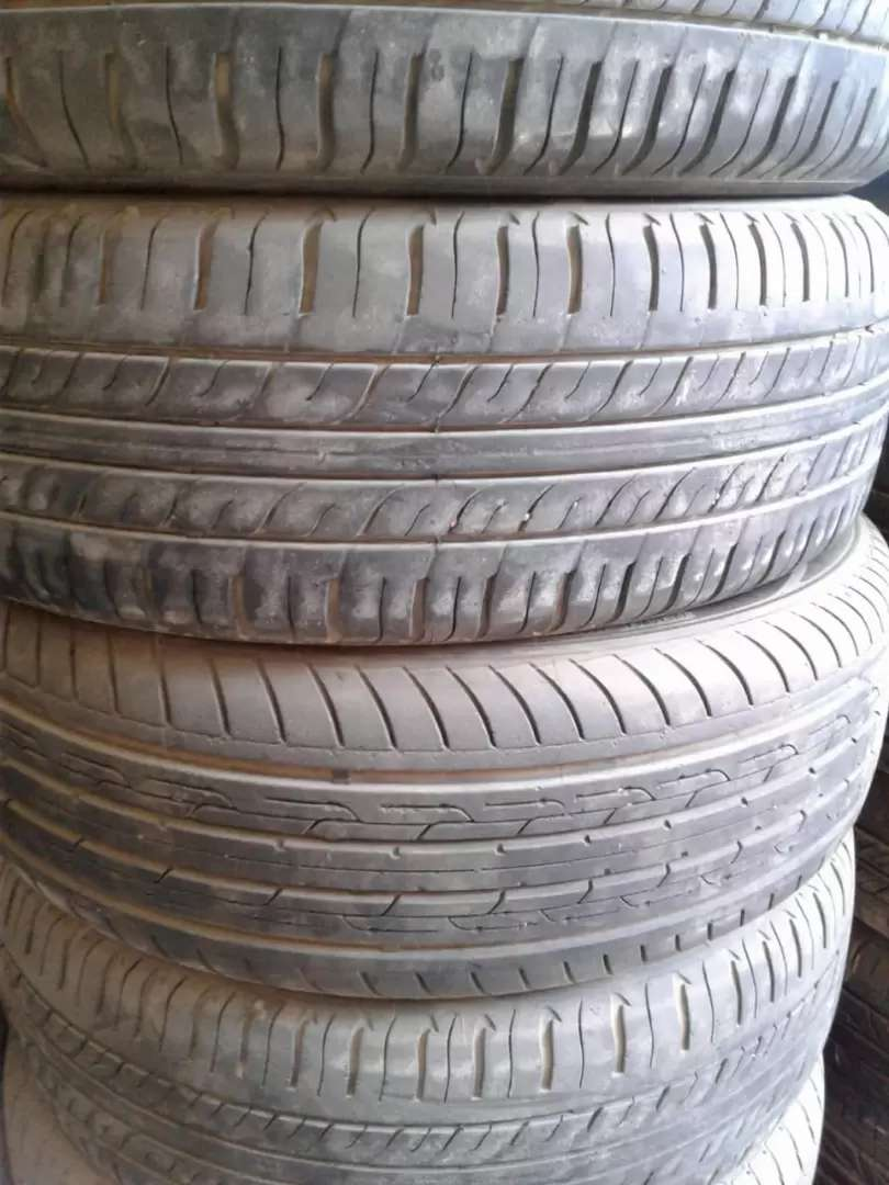 """13""""  2 tyres tube less behtreen condition . 0"""