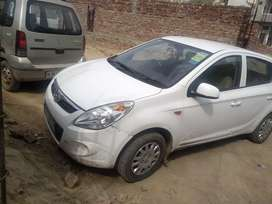 Best condition i20 for sale cng recently installed
