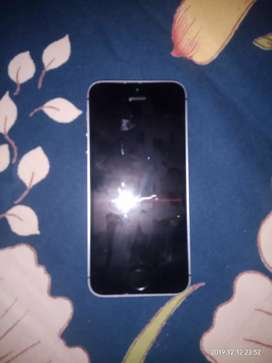Iphone SE in Superb Condition No Scratch Look like Box Open Set