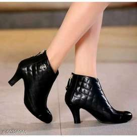 Sepatu sandal wanita terbaru dan murah