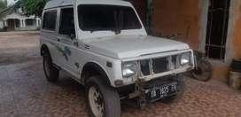 dijual mobil jeep tahun 1991