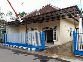 Rumah dijual dekat Stadion Kanjuruhan dan Kantor Bupati Malang
