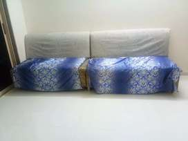 Sofa two sitter
