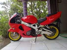 Honda cbr1000 thun 1999