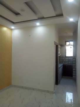 2 BHK flat with lift ,car parking ,near metro station in 25 lakh